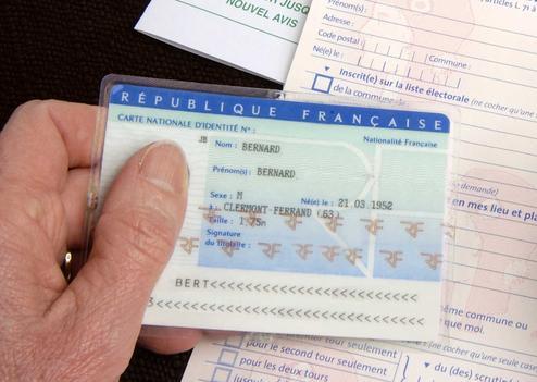 exemple de numéro de carte d identité française Carte d'identité: le fichage biométrique de toute la population